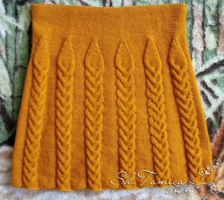 Расклешенные юбки вязаные спицами (схемы и описание работы прилагаются) будут очень красиво и элегантно выглядеть на