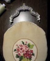 Я пришиваю на подкладку кармашек, затем сшиваю детали...  2. Сразу оговорюсь, при изготовлении светлой вещи надо...